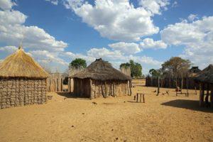 Guinea - Reisen - Dorf
