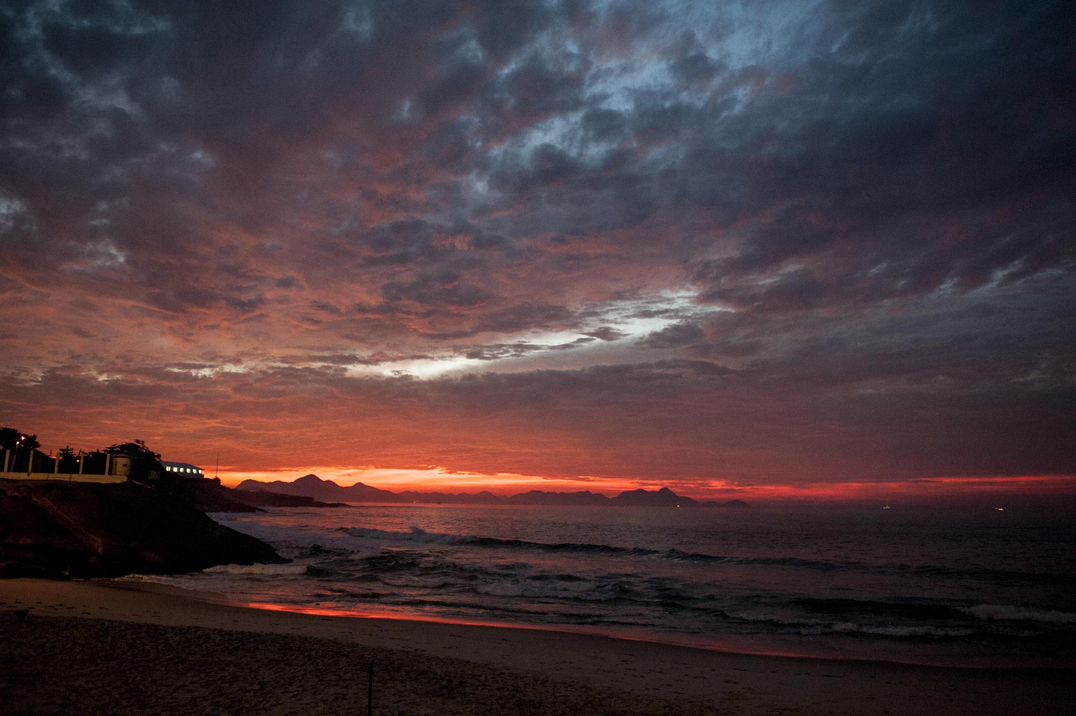 Kapverden-Reise mit Kindern - Sonnenuntergang - Meer - Strand - Urlaub - Familienreise - Kapverdische Inseln