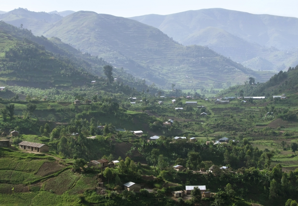 Uganda-Reise mit Kindern - Uganda-Urlaub - Familienreise - Virunga-Vulkane - Great Rift Valley