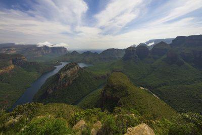 Rundreise durchs Suedliche Afrika - Suedafrika Gruppenreise - Canyonaussicht - Blyde River Canyon - Suedafrika