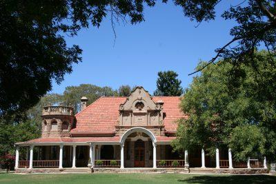 Suedafrika Individualreise - Straussenpalast - Oudtshoorn - Suedafrika